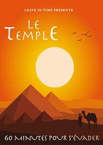 Pyramides au milieu du désert égyptien au soleil couchant